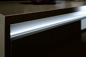 Uchwyt meblowy L-LED